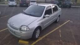 Renault Clio sedan 1.0