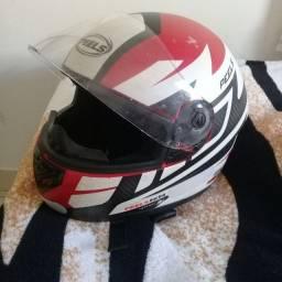 vende capacete