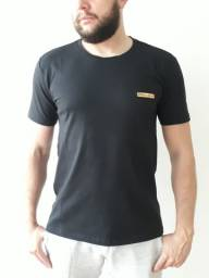 Título do anúncio: Camiseta Prada