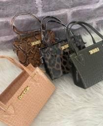 Bolsas e carteiras novas