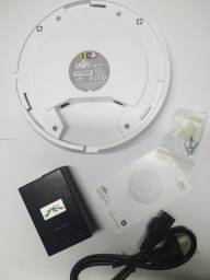 Access point indoor Ubiquiti Networks UniFi AC branco (Pronto emtrega)