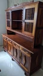 Armário arca de madeira