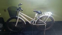 Bicicleta branca com nota fiscal