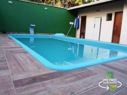 Casa duplex em terreno único com 03 quartos com quintal amplo e piscina !!