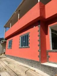 Casa de 2 Quartos com Garagem - Rua Montese (Estrada da Saudade)