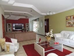 Título do anúncio: Vendo apartamento que mais parece uma casa, são 289,00 m²
