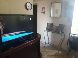 """2 Tvs 32"""" por 1.000,00 reais e vários moveis e eletrodomesticos, leia o anuncio"""