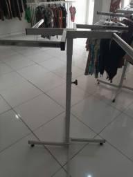 Vendo móveis usado para lojas