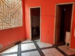 Vendo ou troco está casa na Amadeo Barbosa