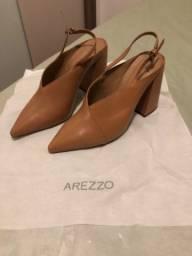 Scarpin Arezzo