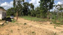 Terreno no km 7,8 de aldeia