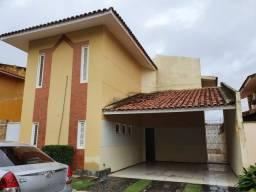 Alugo Casa de Cond.3.500,00 , 04 Qs( 03 Suítes) ,Com Projetados no Quintas do Calhau
