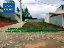 Terreno de esquina com 338,60 m² no Residencial Laranjeiras