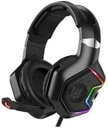 Fone gamer com iluminação led RGB