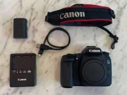 Canon EOS 70D - DSLR - 20.2 Mp - em perfeito estado