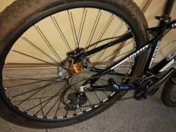 Bicicleta motambike para trilha iniciantes