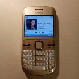 Nokia C3-00 com carregador + microsd 1Gb