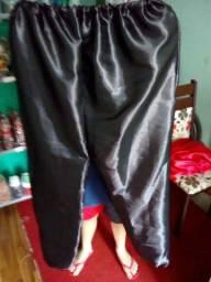 Calça Preta de Cetim Tamanho Único,Veste do P ao GG