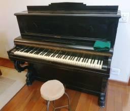 Vende-se Piano Francês de 1889
