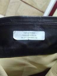 Bota cano curto Chanel couro italiano original
