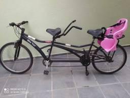 Bicicleta dupla sem a cadeirinha