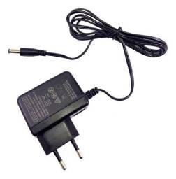 Fonte Carregador Bateria 12v Cd121 - Black Decker Bivolt