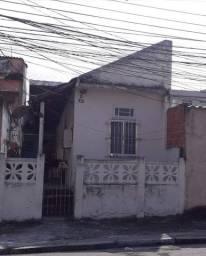 Alugo Quitinete em Madureira