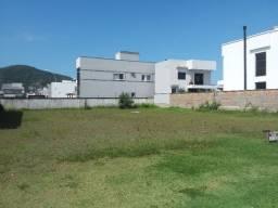 Terreno de 360 m2 de frente para os lagos do Bairro Deltaville (oferta)