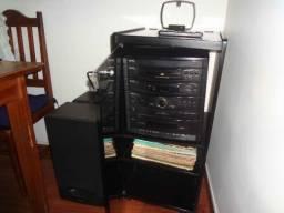 Som / Microsystem da Sharp que Toca Fita, Tape, CD e Vinil em bom Estado