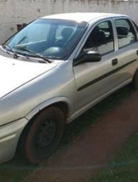 Vende se Corsa Sedan 2001