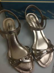 Sandália saltinho