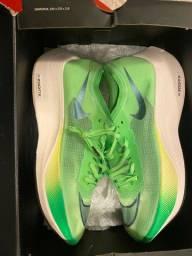 Tênis Nike Vaporfly NOVÍSSIMO