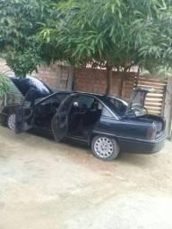 Vendo Chevrolet ÔMEGA GLS 4cc VERDE MANUAL