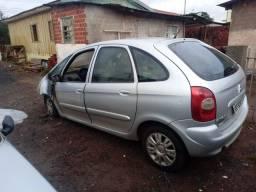 Renault picasso danificada. Leia.