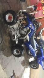Quadriciclo raptor 700