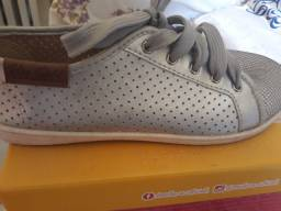 calçado moleca 35