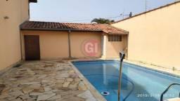 {Gintervale Aluga} Ótima Casa c/ Piscina no Cidade Jardim em Jacareí