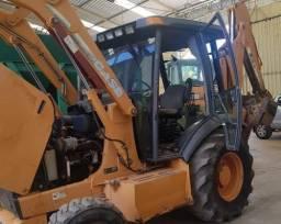 Case 580M 2012 (CORRA)