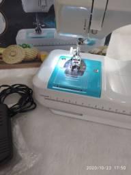 Máquina de costura Lenoxx Multi Points