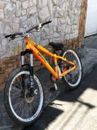 Bicicleta Gios com freio a disco