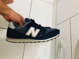 Tênis new balance, original em ótimo estado. N 43, mas calça 42, também.