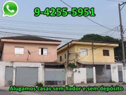Casa de 3 côm, sem depósito, perto da estaç. de trem Grajaú