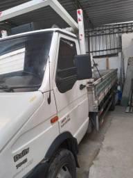 Caminhão Iveco 2007 7013