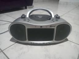 Vendo ou troco por alguma coisa do meu enteresse Rádio marca lenox +dvd marca cce prata.