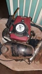 Vendo um motor de bicicleta completo tanq td