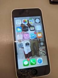Título do anúncio: Iphone 5c em bom estado apenas um trinco na parte inferior