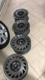 Jogo de rodas restauradas e pintadas