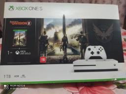 Xbox one S 1tera impecável estado de conservação! PARCELO 12X aceito PS3 como parte!!!