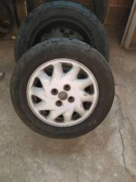 Vendo 2 rodas furação de fiat
