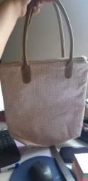 Bolsa NUDE com alça e ziper! Perfeita pro dia a dia!